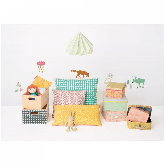 collection capsule mimi lou pour monoprix un joli monde. Black Bedroom Furniture Sets. Home Design Ideas